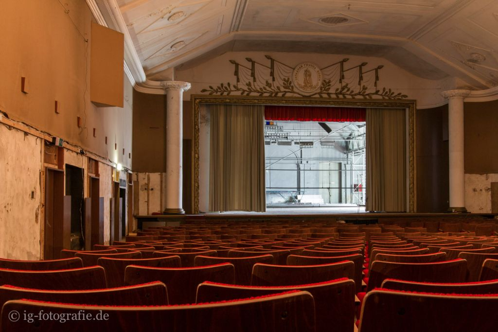 Fotolocation Berlin Wuensdorf Theatersaal Lost Place