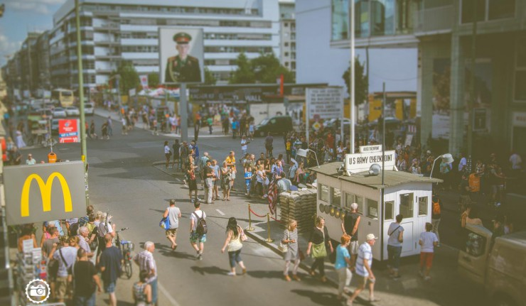 Berlin-Fotolocation-Checkpoint-Charlie-1