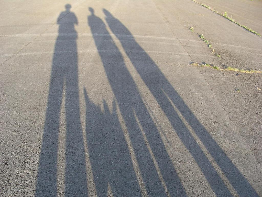 Schatten als tolle Idee für Familien-Fotos