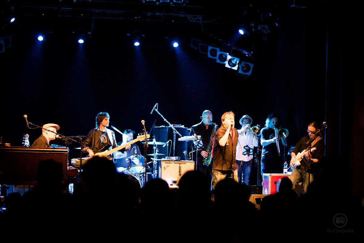 Southside Johnny & the Asbury Jukes live in Berlin